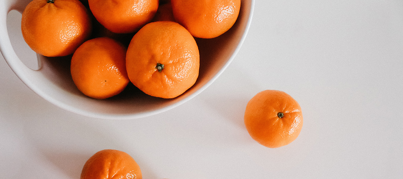 bowl of oranges private label Whole Foods
