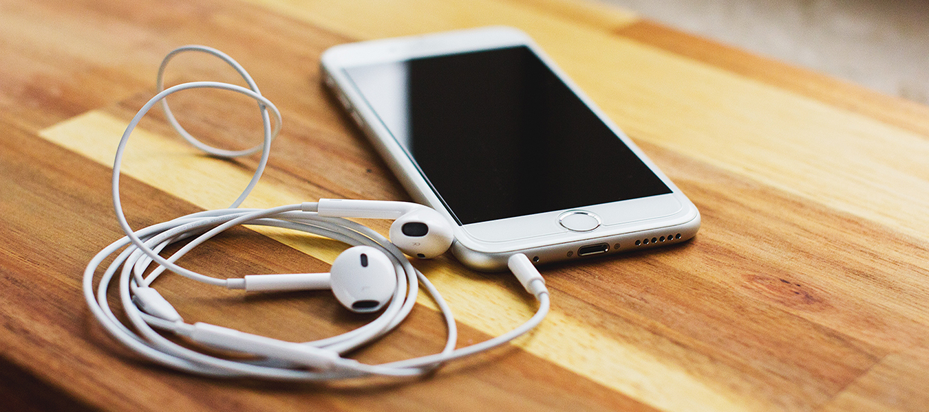 podcasts for entrepreneurs featured image