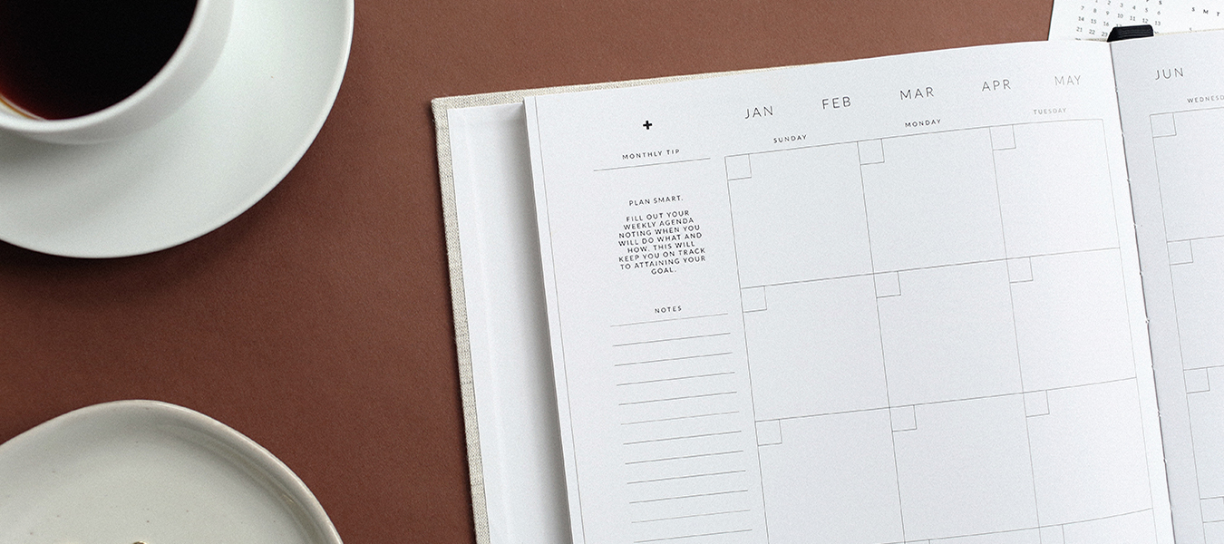 featured image for benefits of staying organized in business